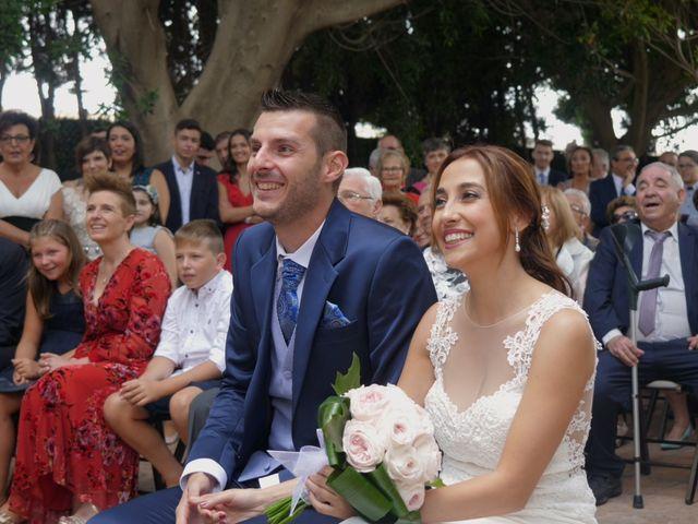 La boda de Laura y Javi en Castelló/castellón De La Plana, Castellón 21
