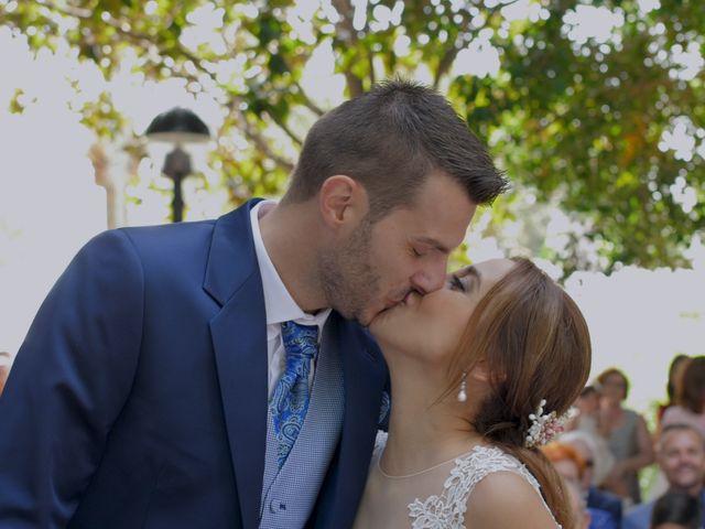 La boda de Laura y Javi en Castelló/castellón De La Plana, Castellón 24