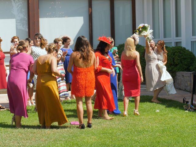 La boda de Laura y Javi en Castelló/castellón De La Plana, Castellón 38