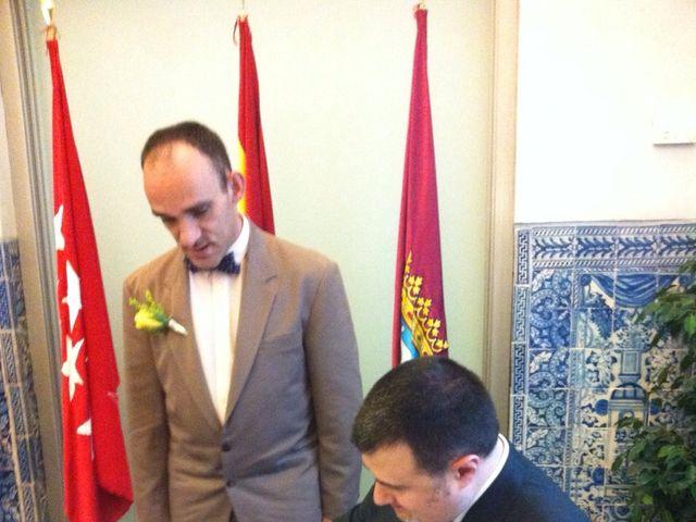 La boda de Miguel Angel y José Luis en Madrid, Madrid 1