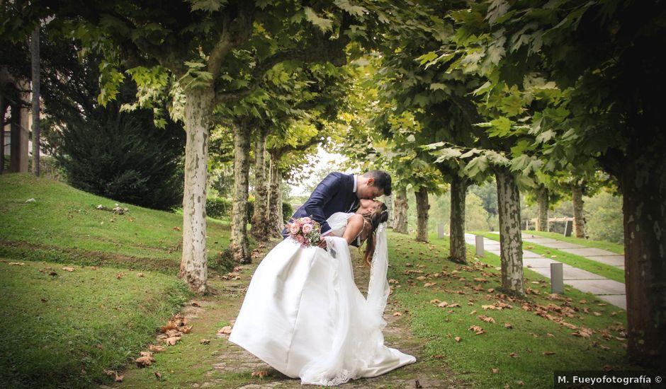 La boda de Juan y Bea en Oviedo, Asturias