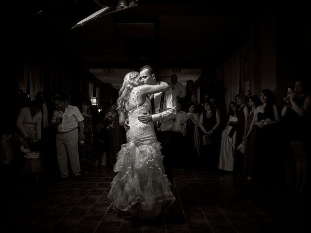 La boda de Javier y Rocío en Navalagamella, Madrid 70