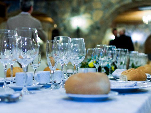 La boda de Juan y Laura en Navaluenga, Ávila 17