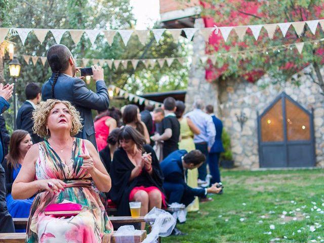 La boda de Juan y Laura en Navaluenga, Ávila 22