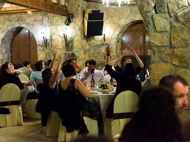 La boda de Juan y Laura en Navaluenga, Ávila 24