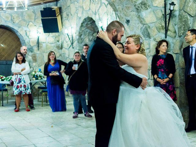 La boda de Juan y Laura en Navaluenga, Ávila 25
