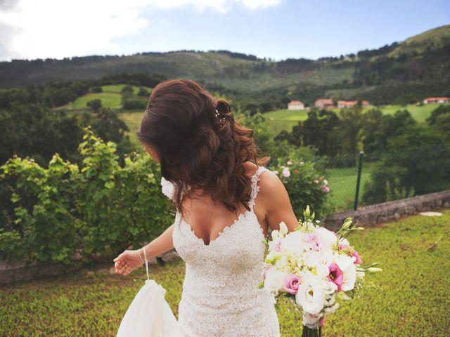 La boda de Raul y Yoana en Caviedes, Cantabria 17