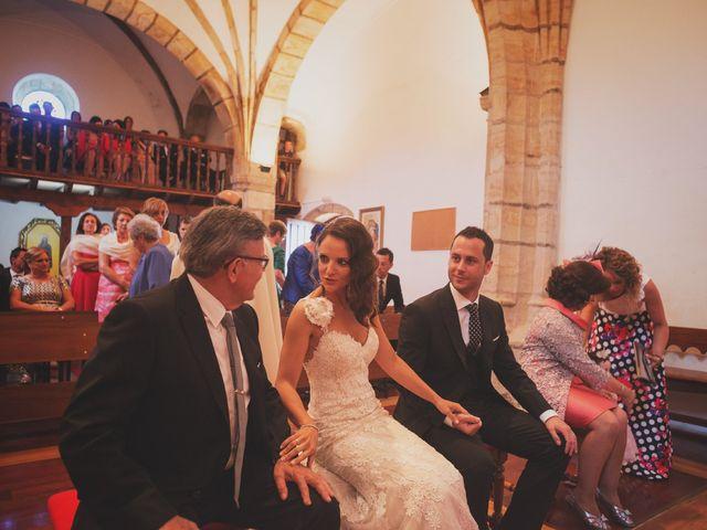La boda de Raul y Yoana en Caviedes, Cantabria 27