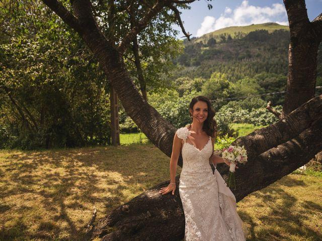 La boda de Raul y Yoana en Caviedes, Cantabria 35