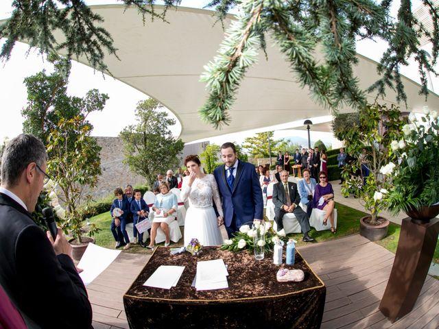 La boda de Iker y Silvia en Gorraiz, Navarra 20