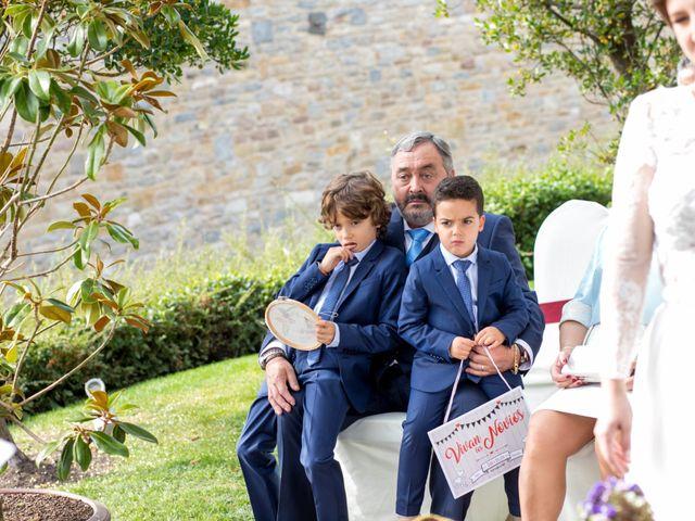 La boda de Iker y Silvia en Gorraiz, Navarra 21