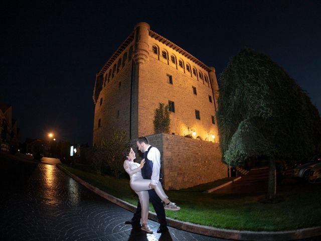 La boda de Iker y Silvia en Gorraiz, Navarra 25