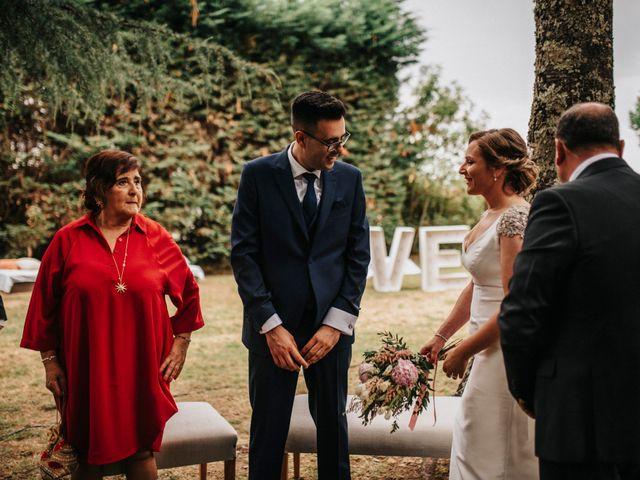 La boda de Kiko y Natalia en Santiago De Compostela, A Coruña 27