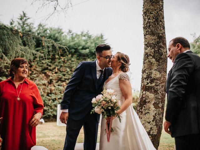 La boda de Kiko y Natalia en Santiago De Compostela, A Coruña 28