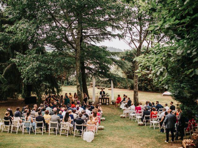 La boda de Kiko y Natalia en Santiago De Compostela, A Coruña 29