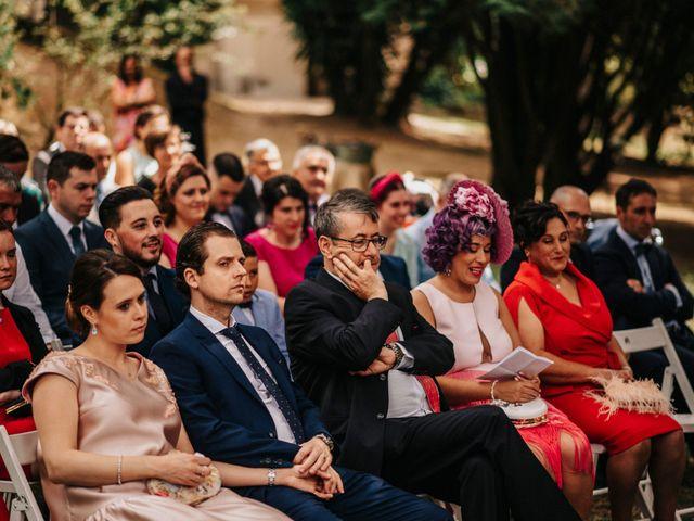 La boda de Kiko y Natalia en Santiago De Compostela, A Coruña 38