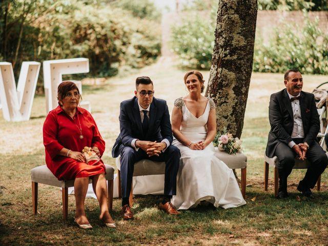 La boda de Kiko y Natalia en Santiago De Compostela, A Coruña 41