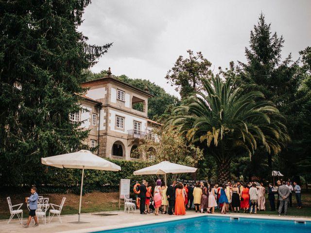 La boda de Kiko y Natalia en Santiago De Compostela, A Coruña 2