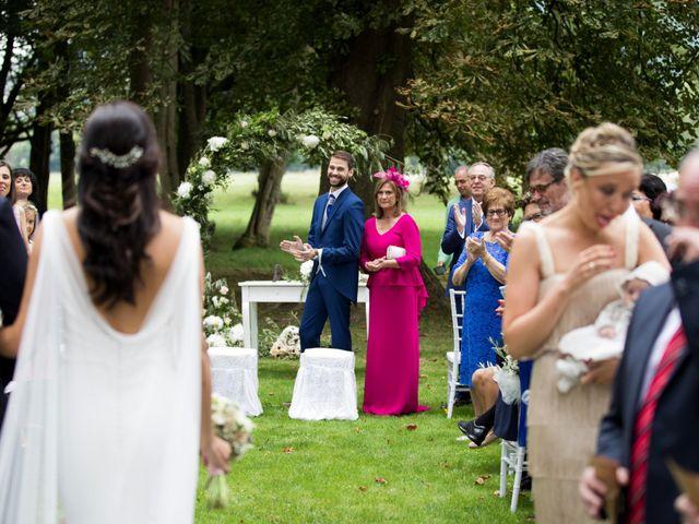 La boda de David y Ana en Las Fraguas, Cantabria 14