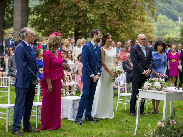 La boda de David y Ana en Las Fraguas, Cantabria 19