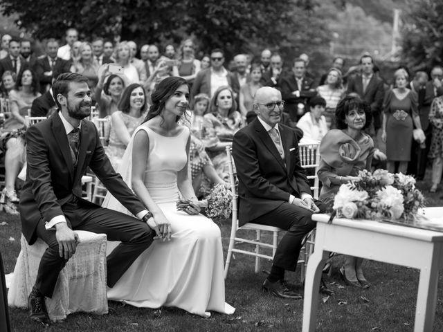 La boda de David y Ana en Las Fraguas, Cantabria 22