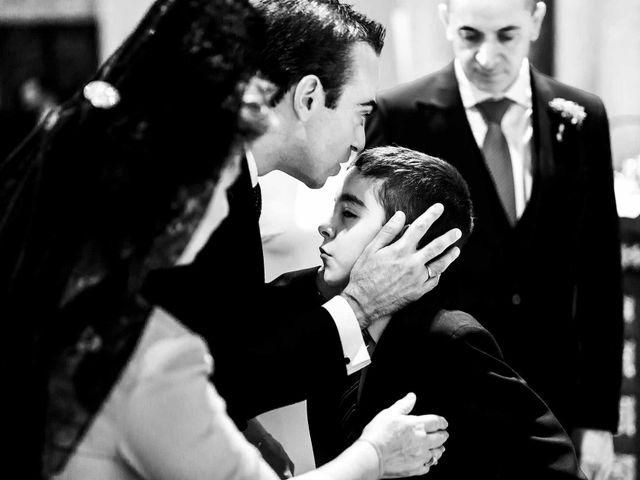 La boda de Carlos y Andrea en Córdoba, Córdoba 32