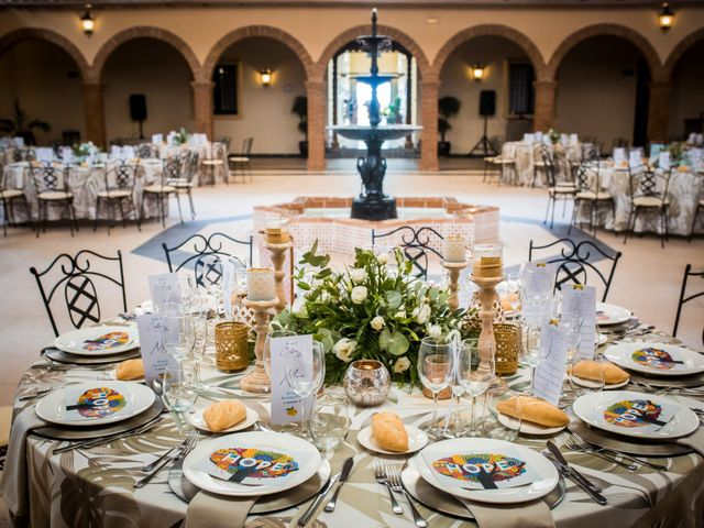 La boda de Cristian y Valle en Almendralejo, Badajoz 17