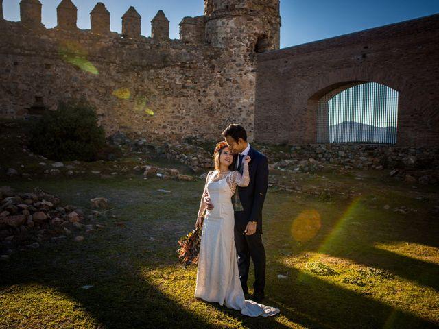 La boda de Cristian y Valle en Almendralejo, Badajoz 35