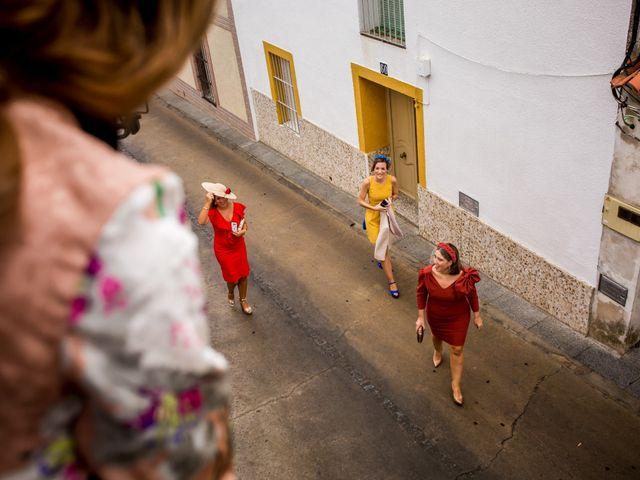 La boda de Cristian y Valle en Almendralejo, Badajoz 63