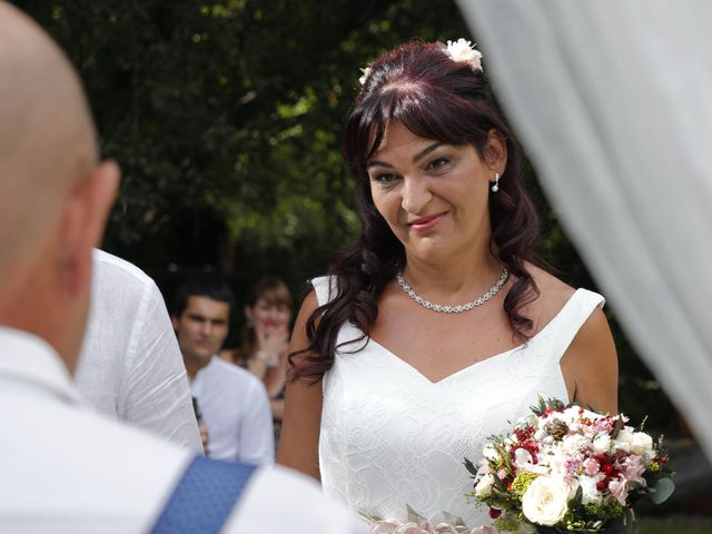 La boda de Javier y Merche en Navaluenga, Ávila 21