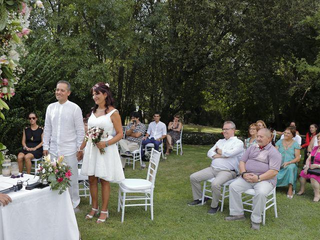 La boda de Javier y Merche en Navaluenga, Ávila 24