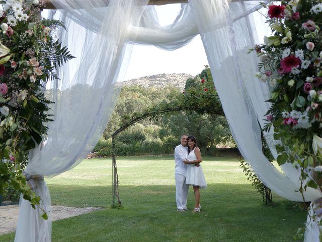 La boda de Javier y Merche en Navaluenga, Ávila 39