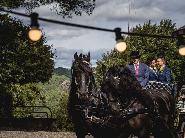 La boda de Xavi y Jonatan en Castellar Del Valles, Barcelona 38