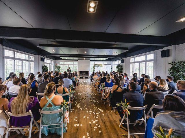 La boda de Xavi y Jonatan en Castellar Del Valles, Barcelona 41