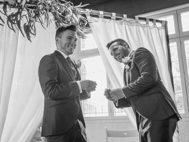 La boda de Xavi y Jonatan en Castellar Del Valles, Barcelona 46