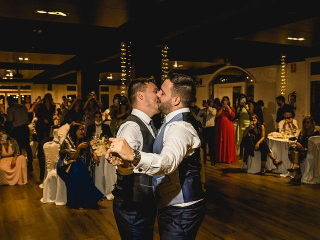 La boda de Xavi y Jonatan en Castellar Del Valles, Barcelona 59