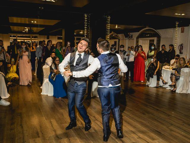 La boda de Xavi y Jonatan en Castellar Del Valles, Barcelona 63