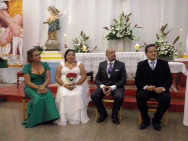 La boda de Victor y Nayra en Las Palmas De Gran Canaria, Las Palmas 12