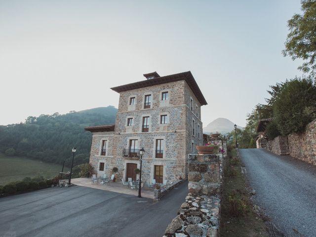 La boda de Oscar y Xana en Cereceda (Villamayor), Asturias 2