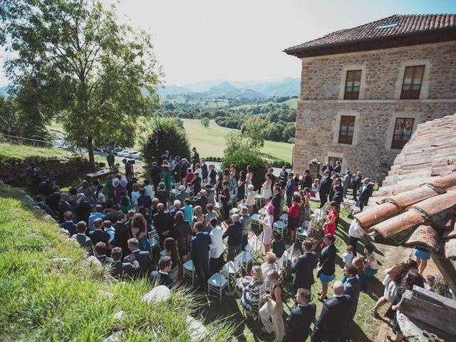 La boda de Oscar y Xana en Cereceda (Villamayor), Asturias 29