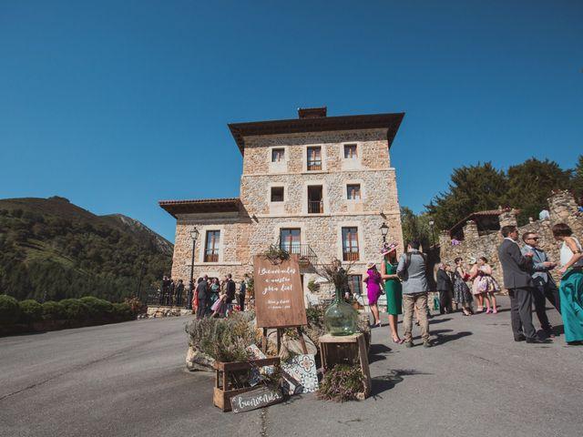 La boda de Oscar y Xana en Cereceda (Villamayor), Asturias 38