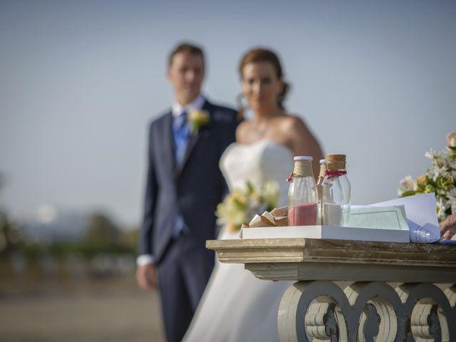 La boda de Miguel Angel y Sara en Vera, Almería 18