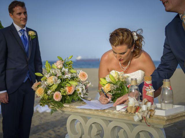 La boda de Miguel Angel y Sara en Vera, Almería 24