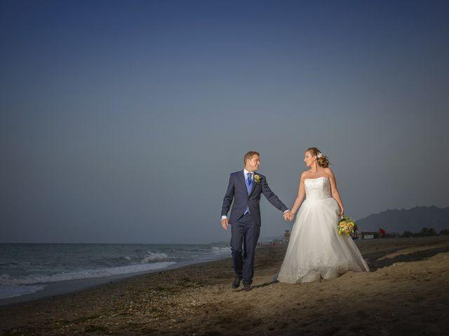 La boda de Miguel Angel y Sara en Vera, Almería 31
