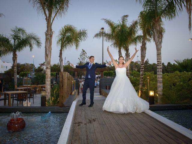 La boda de Miguel Angel y Sara en Vera, Almería 32