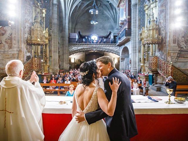 La boda de Javier y Ana en Paganos, Álava 25