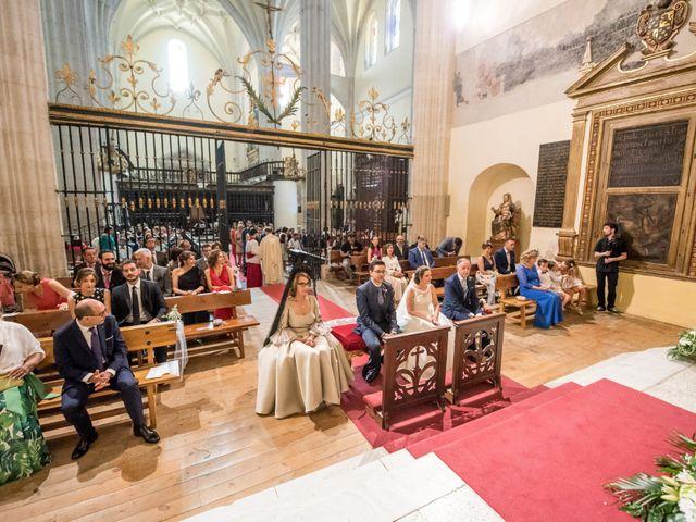 La boda de Diego y Alicia en Medina Del Campo, Valladolid 31