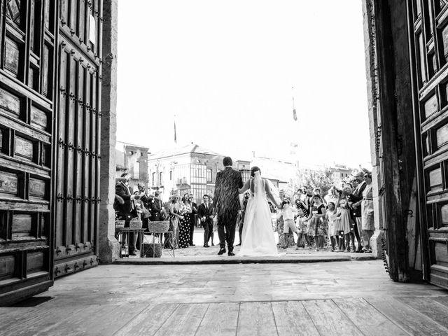 La boda de Diego y Alicia en Medina Del Campo, Valladolid 33