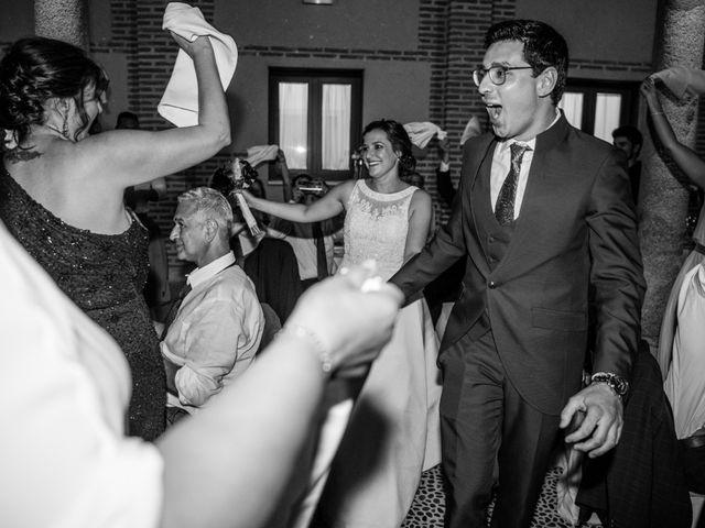 La boda de Diego y Alicia en Medina Del Campo, Valladolid 52