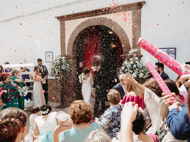 La boda de Víctor Manuel y Alicia en Huetor Vega, Granada 46